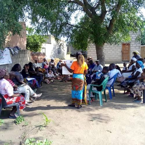 Diálogo comunitário sobre o estigma
